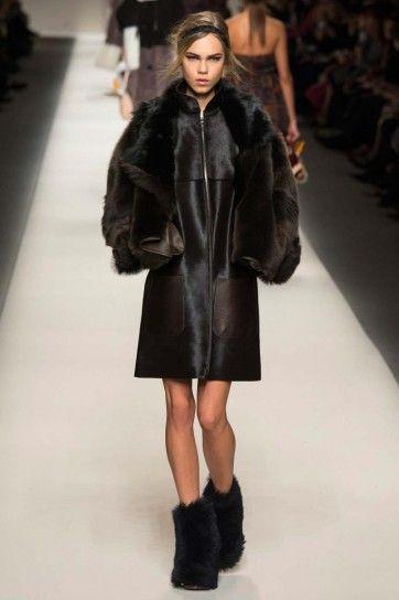 new arrival 44184 ba9ab Giacca pelle e pelliccia | Outfits & Clothes | Fendi ...