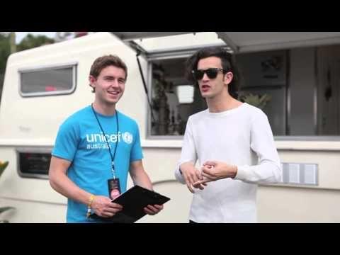 Matt Healy's 'wicked' childhood memories - YouTube