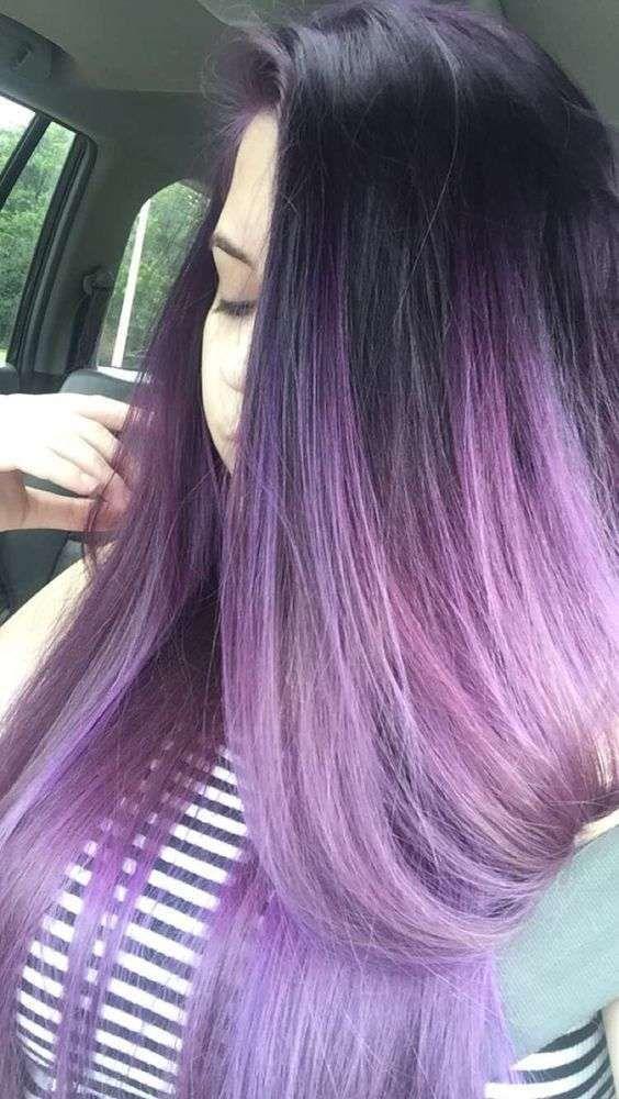 Colore viola su capelli neri