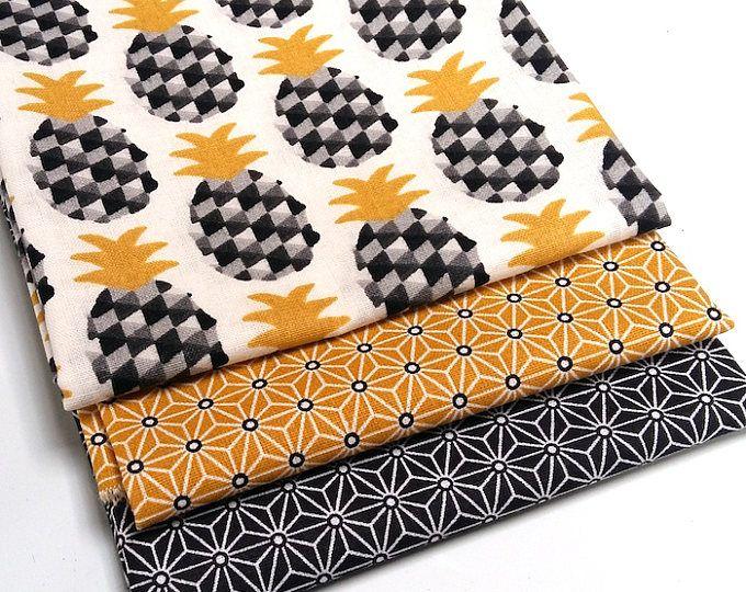 Lot 3 coupons 50 cm x 50 cm , tissu mini ananas jaune gris et noir - pineapple - saki étoile japonaise asanoha jaune , saki noir - coton