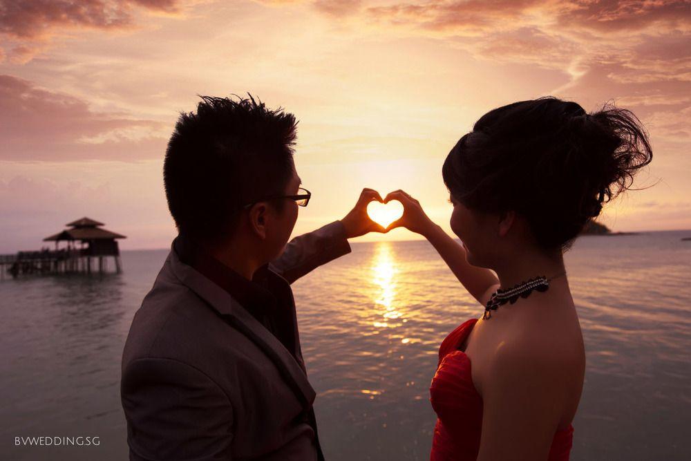 Pre Wedding Photoshoot At Bintan Island With Sunset Wedding