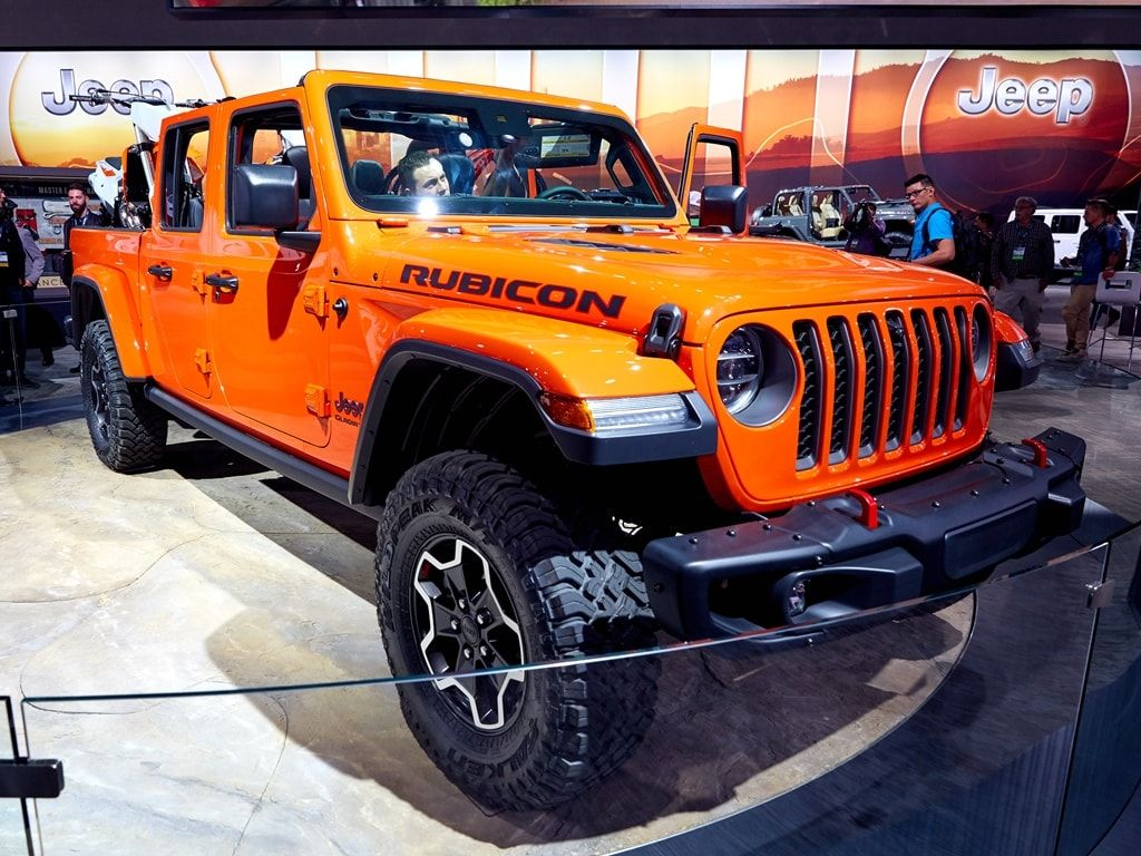 Https Www Kbb Com Car News All The Latest Jeep Gladiator