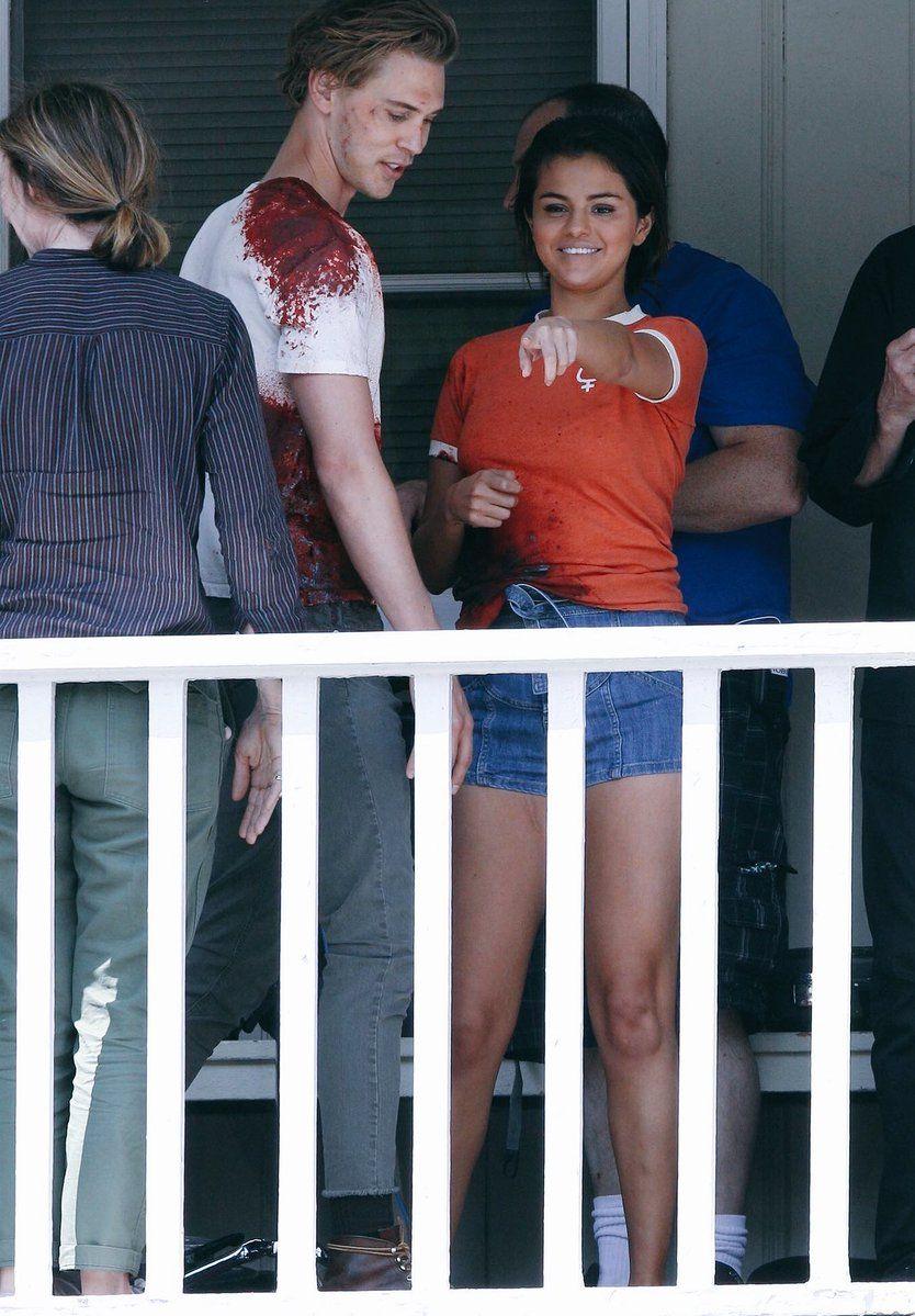 (8) Twitter (Görüntüler ile) Selena gomez, Ünlüler