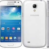 Samsung Galaxy S4 mini GT-i9190 - 8GB - White (Unlocked) International Version http://themarketplacespot.com/wp-content/uploads/2015/11/51XxTx5En7L1-200x200.jpg   A more sleek and compact design has been integrated with the premium Samsung GALAXY S4. The beautifully slim design of the GALAXY S4 Mini means you can take it with you anywhere and anytime. Outstanding CMF with a vivid & wide 4.3 inch qHD sAMOLED display delivers great aesthetics without compromising performance. T