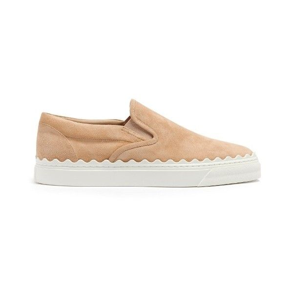 Chloé Kyle scallop-edged suede slip-on trainers (1.500.040 COP) ❤ liked on Polyvore featuring shoes, sneakers, nude, low top, suede slip-on sneakers, nude sneakers, suede shoes and low profile sneakers