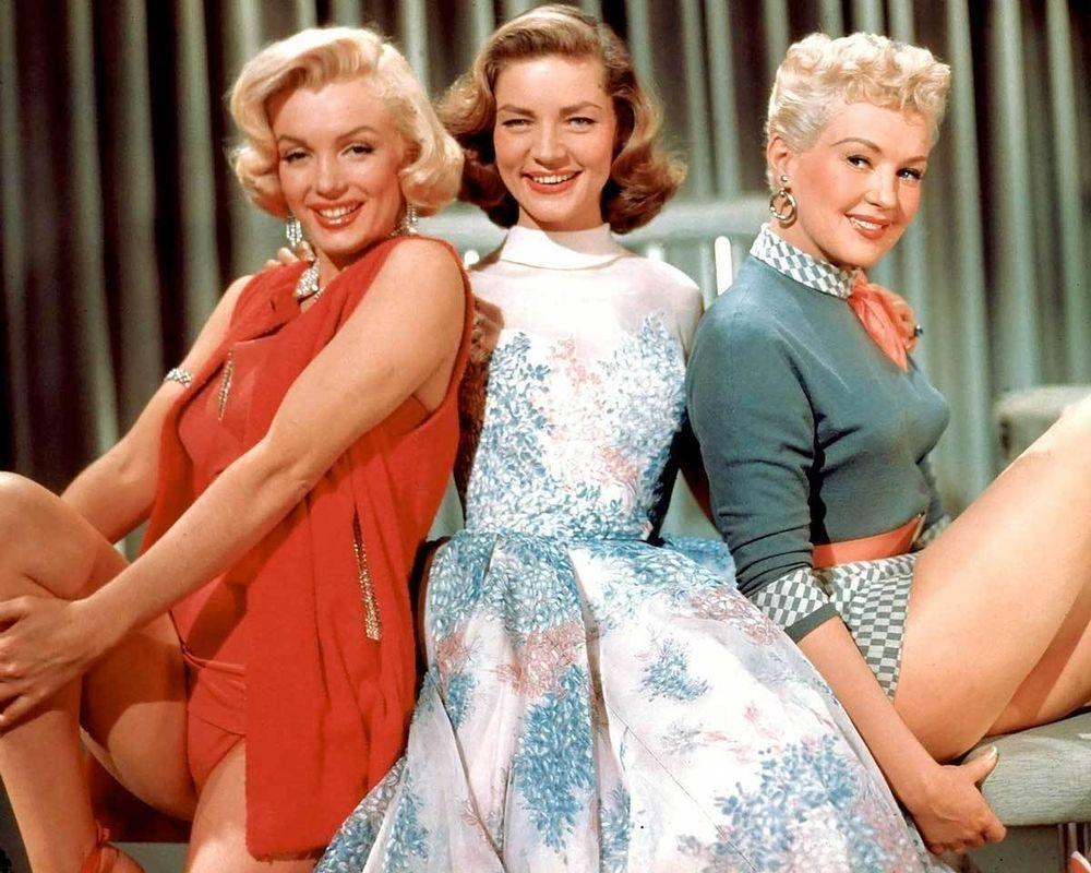 Lauren Bacall Marilyn Monroe 8x10 Photo 007