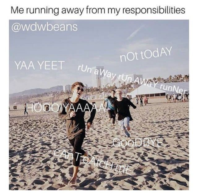 Lmao The Runaway Runner Had Me On The Floor Why Dont We Boys Boy Celebrities Wdw