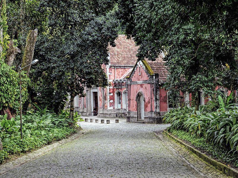 A Antiga Garagem - Cavalariça - Parque Lage - Rio de Janeiro - Brasil   by Leonardo Martins
