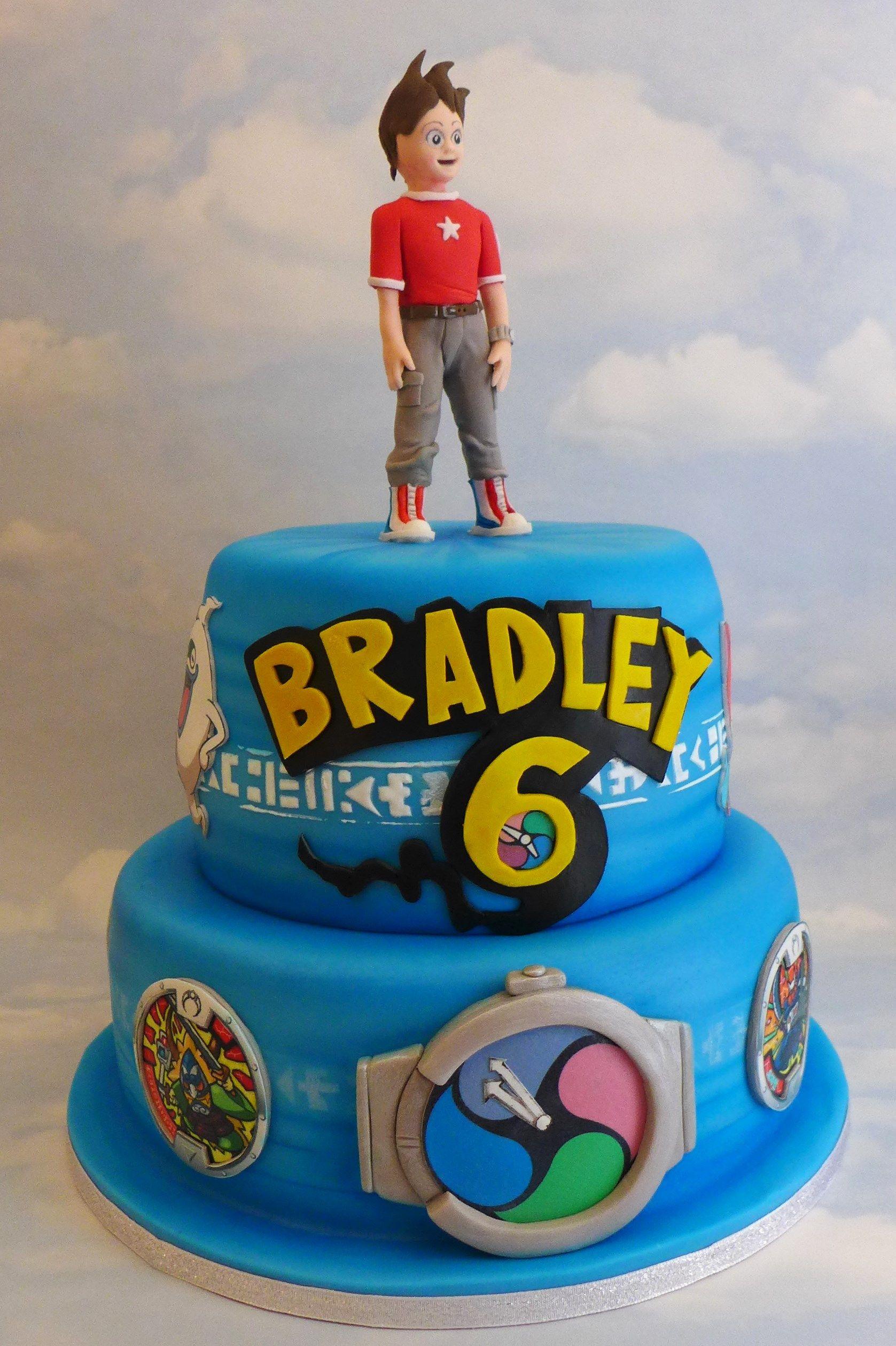 Yo kai watch birthday cake Visit us Facebookcommarissascake or