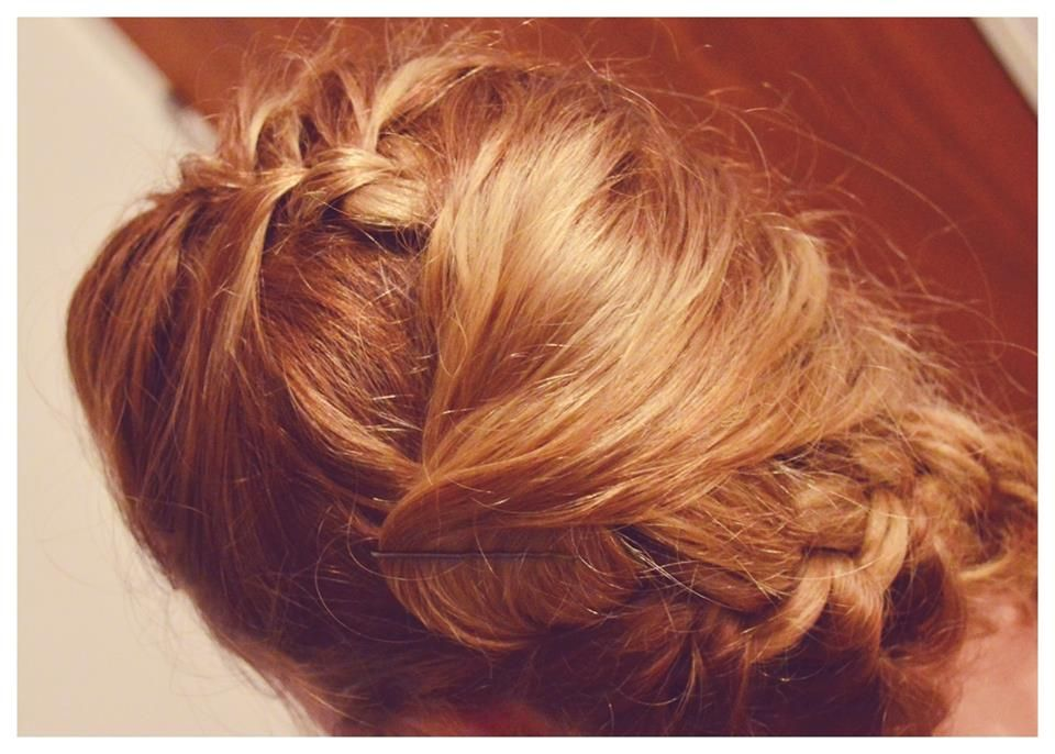 hice este peinado con mi imaginación gracias a la modelo jeffi becky!
