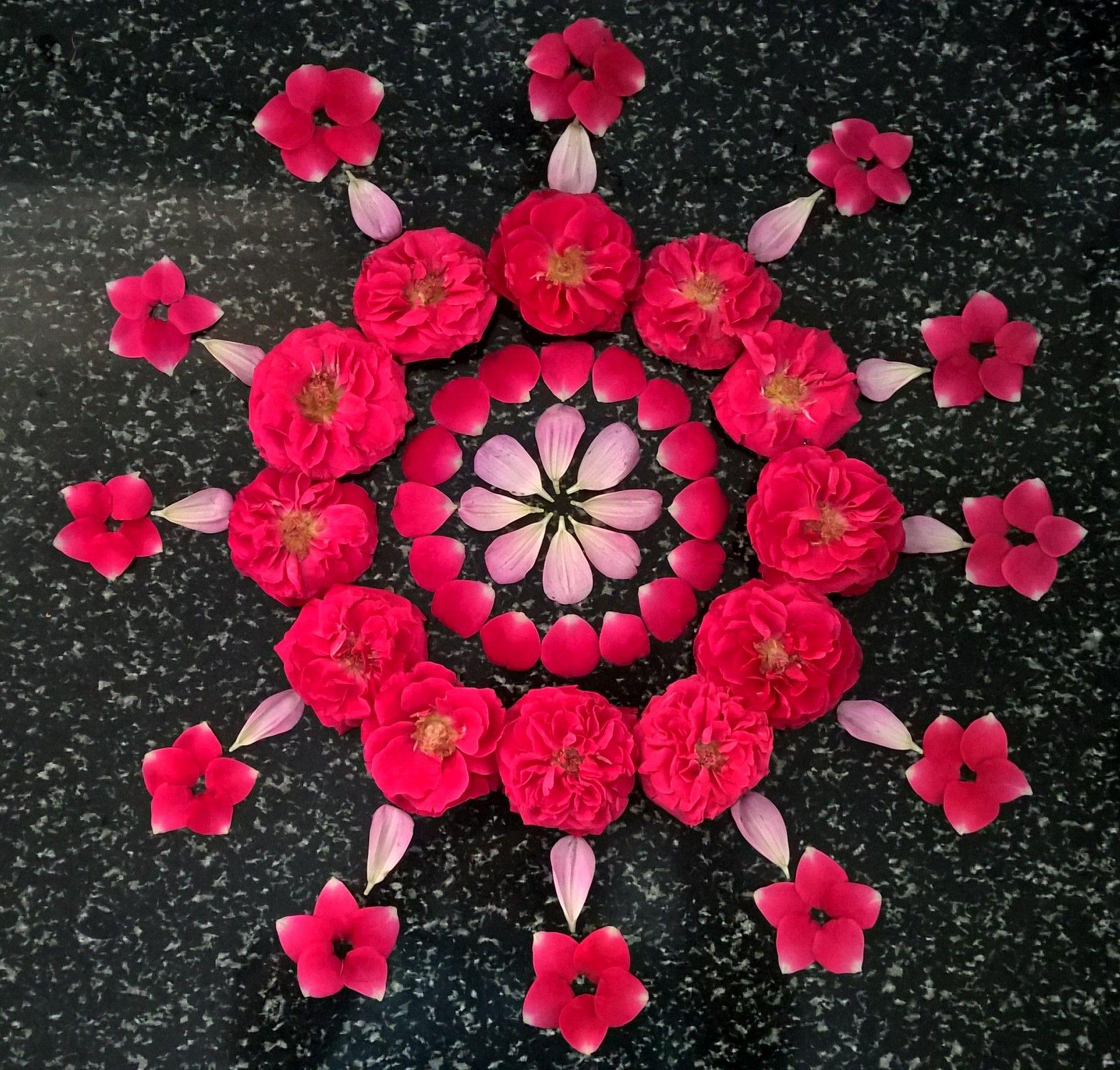 Red rose 🌹 arrangements.. Flower arrangement designs