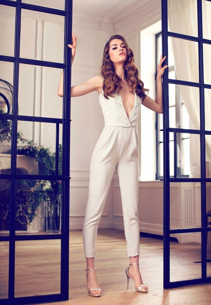 ensemble pantalon pour mari e combinaison mariage pinterest combinaison mariage robe et. Black Bedroom Furniture Sets. Home Design Ideas