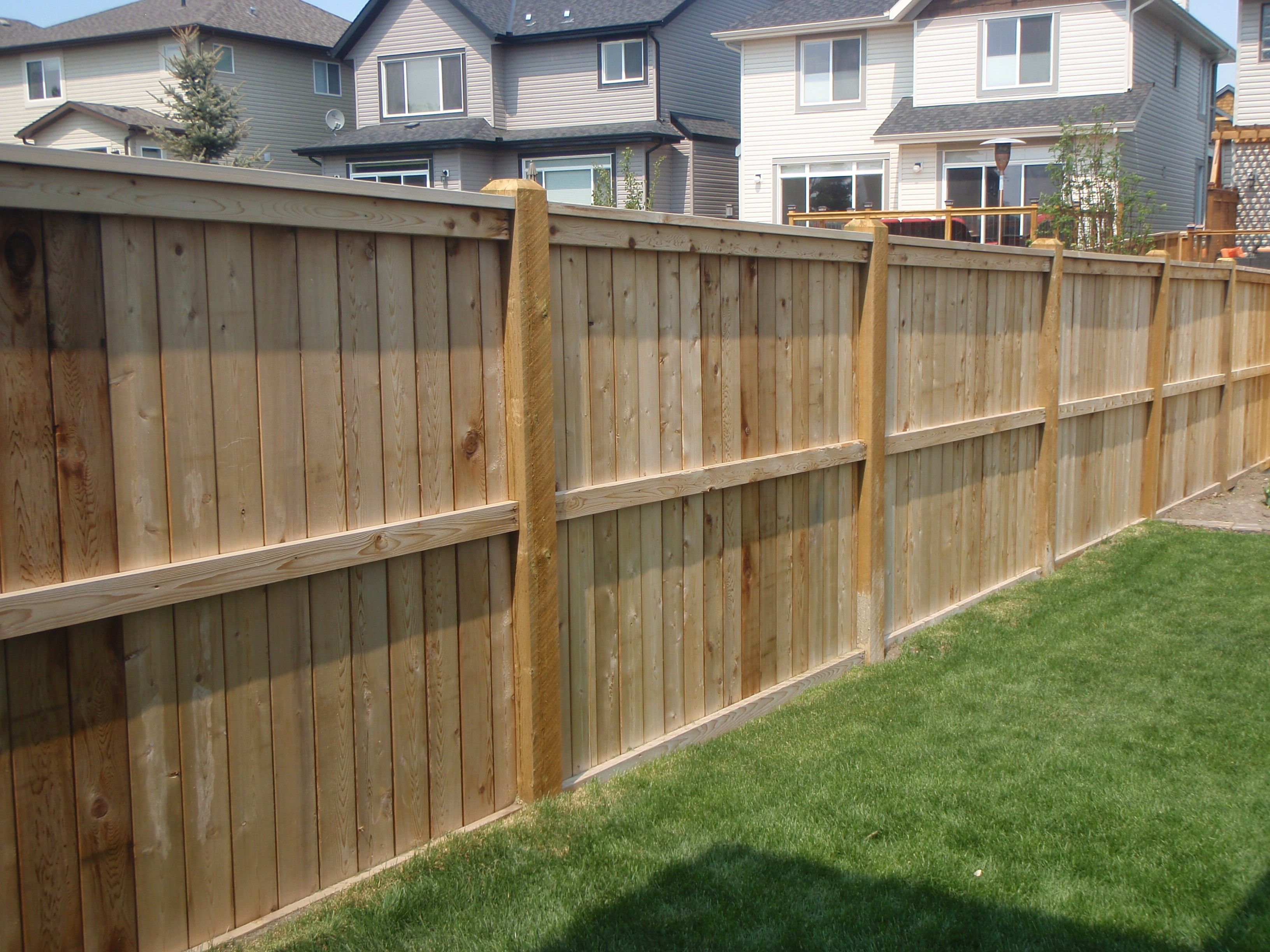 Trendy western red cedar dog ear pine wood fence panel for Wood privacy fence ideas