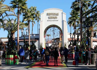 Family Fun at Universal Studios Hollywood's #Grinchmas