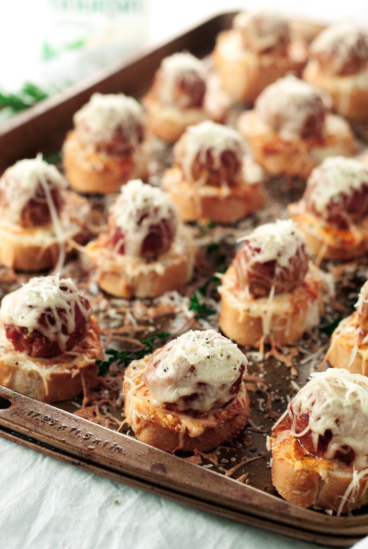 Meatball Crostini Recipe Great Appetizers Appetizer Recipes Food Recipes