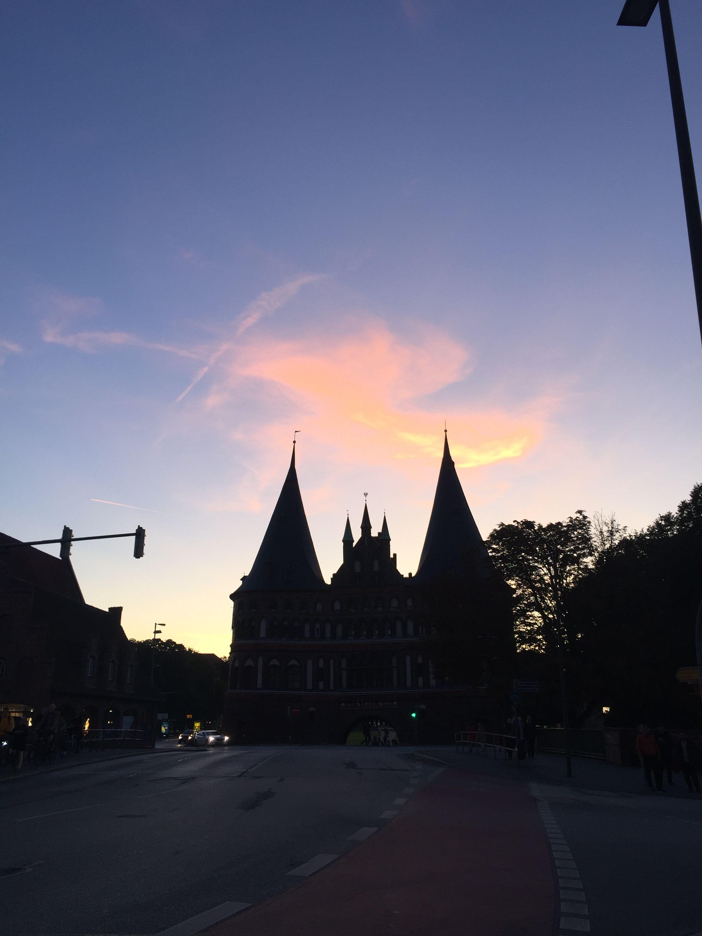 Sunset In Lubeck Lubeck Deutschland Germany Untergang
