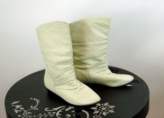 2d8510d14fd00 1980s short boots slouchy pirate boots pixie boots bone color Size ...