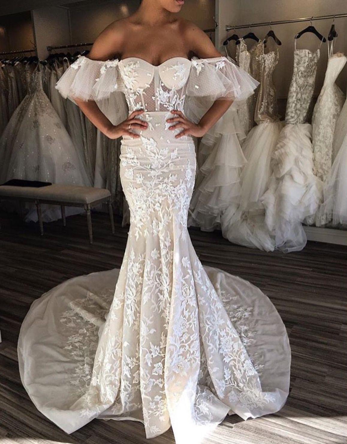 Pin by Lizelle Vermaak on Glam GlitZ! Lace wedding