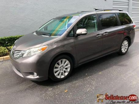 Tokunbo 2015 Toyota Sienna for sale in Nigeria Sell At