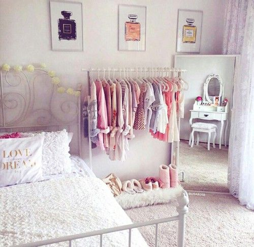 room, bedroom, and pink εικόνα
