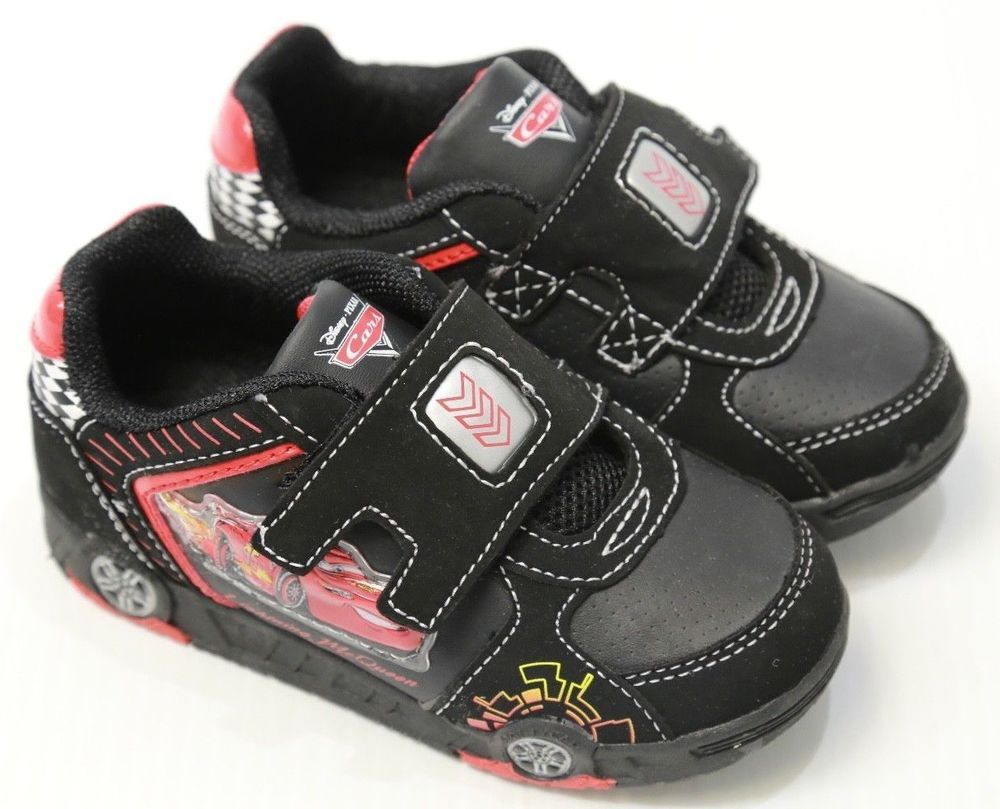 Boy's Disney Pixar Cars Tennis Shoes Light Up Toddler Size 9
