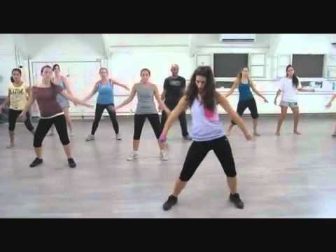 This Girl Really Has Some Of The Best Zumba Videos Ricky Martin