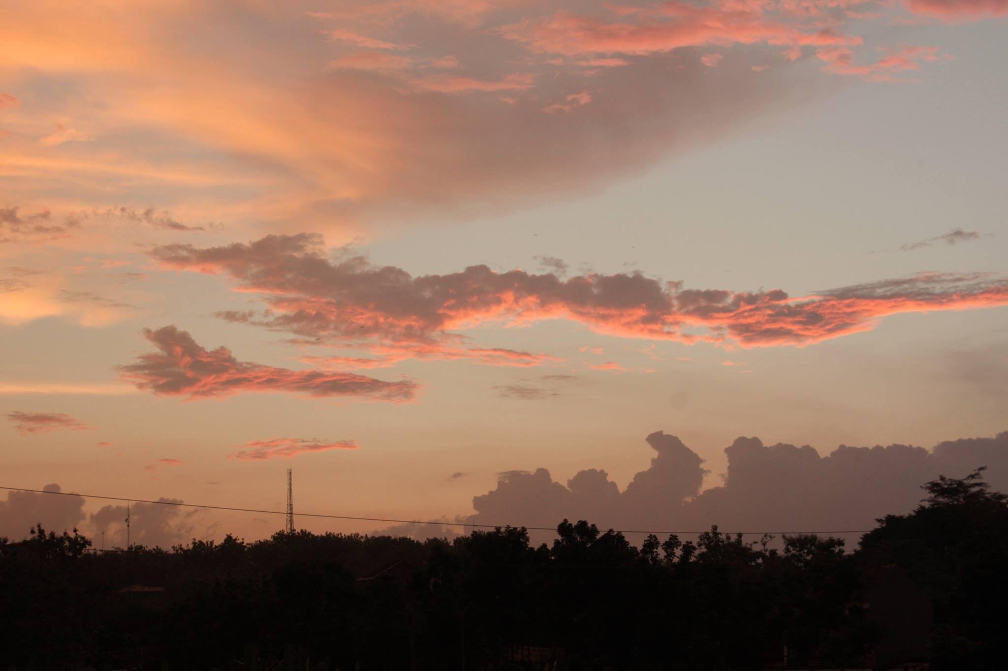 Sore hari di Semarang Langit, Publik, Inspirasi