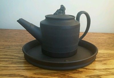 ATTRACTIVE COLLECTIBLE GEORGIAN BLACK BASALT TEA POT & OVAL PLATTER c.1800
