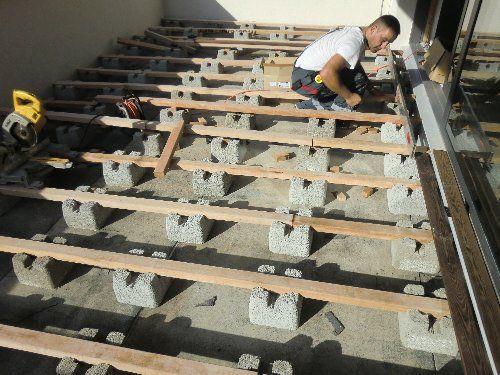 unterkonstruktion f r holzterrasse bauen der fundament. Black Bedroom Furniture Sets. Home Design Ideas