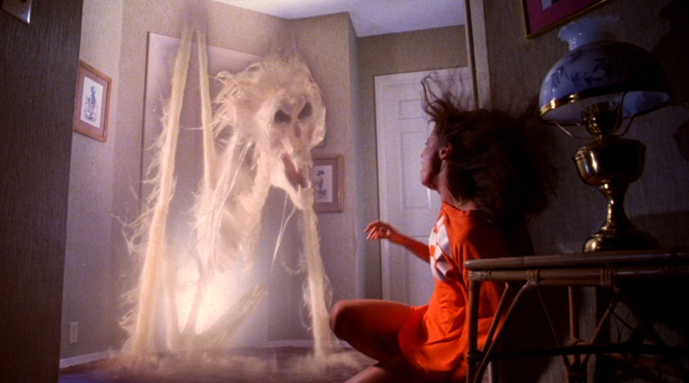 5 Horror Movies With Real Curses Poltergeist Movie Horror Movies Poltergeist
