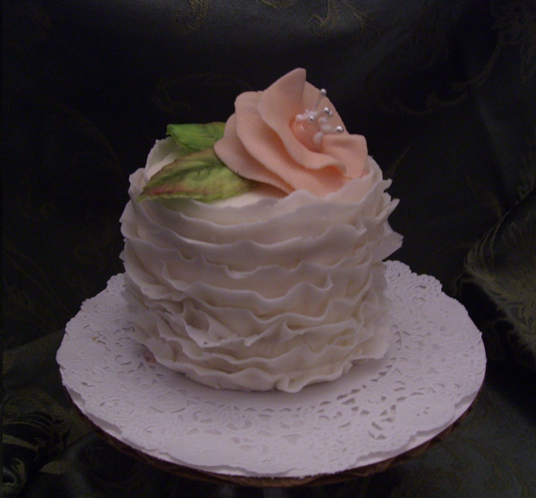 Practice Frills With Rolled Fondant Mini Cakes Petit Fours Sour Cream Pound Cake Mini Cakes Cake