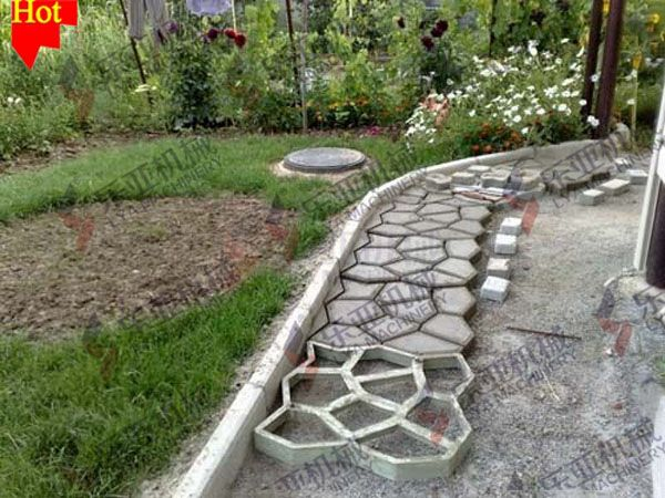 Awesome diy concrete cobblestone paths ideas diy for Cement garden paths