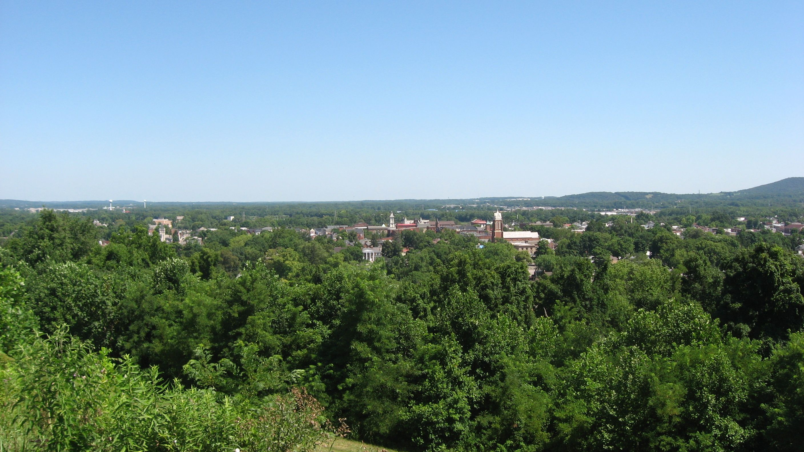 a view of  chillicothe from  grandview  cemetery in  ross