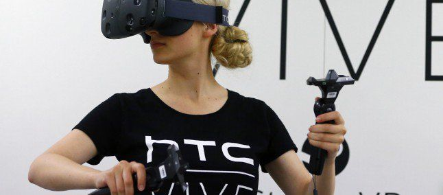 Da HTC arriva un innovativo visore VR compatibile Con HTC U Ultra  #follower #daynews - https://www.keyforweb.it/htc-arriva-un-innovativo-visore-vr-compatibile-htc-u-ultra/