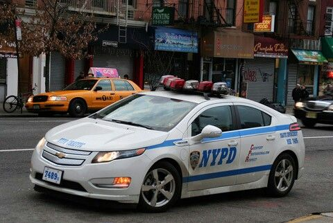 Nypd Is That A Chevy Volt Police Cars Chevrolet Volt