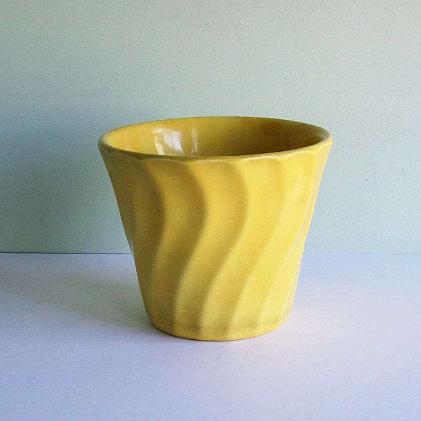 Your Place To Buy And Sell All Things Handmade California Pottery Vintage Flower Pots Yellow Pottery