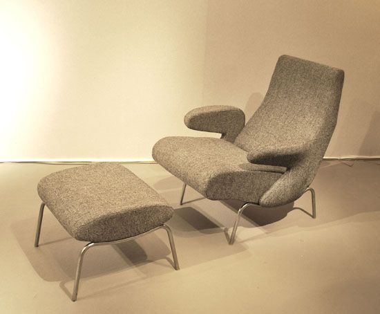 Armchair And Footrest By Erberto Carboni Mcm Lounge Chairs Mid Century Lounge Chairs Foot Rest