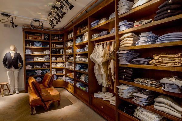 Interior design for men's clothing store by Kim Derkx, via Behance ...