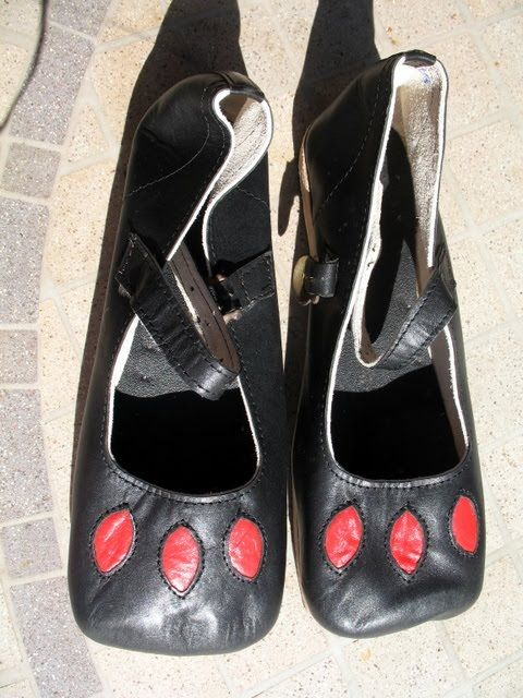 Early Tudor shoes reproduction
