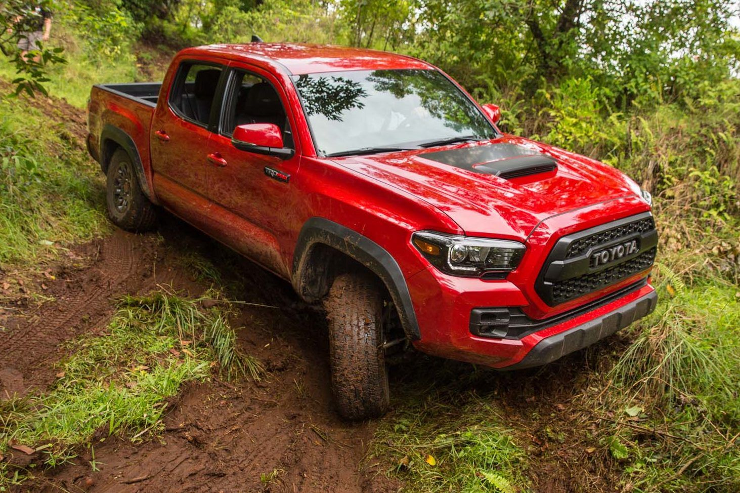 We drive the 2017 toyota tacoma trd pro off road in hawaii see the