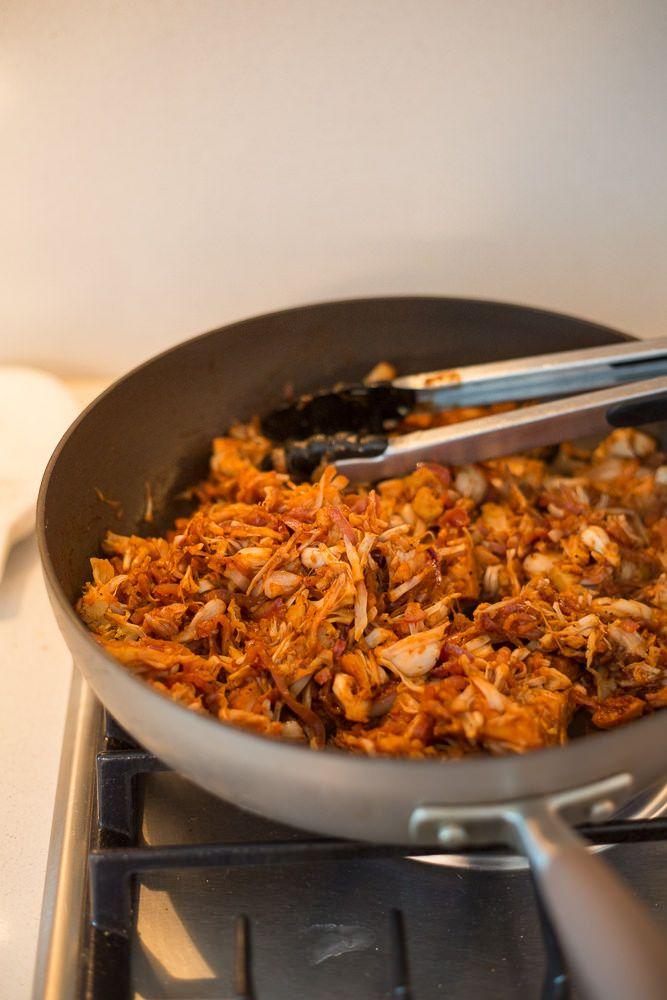 Vegan BBQ Pulled Pork (Jackfruit) with Spiralized Onions | Inspiralized