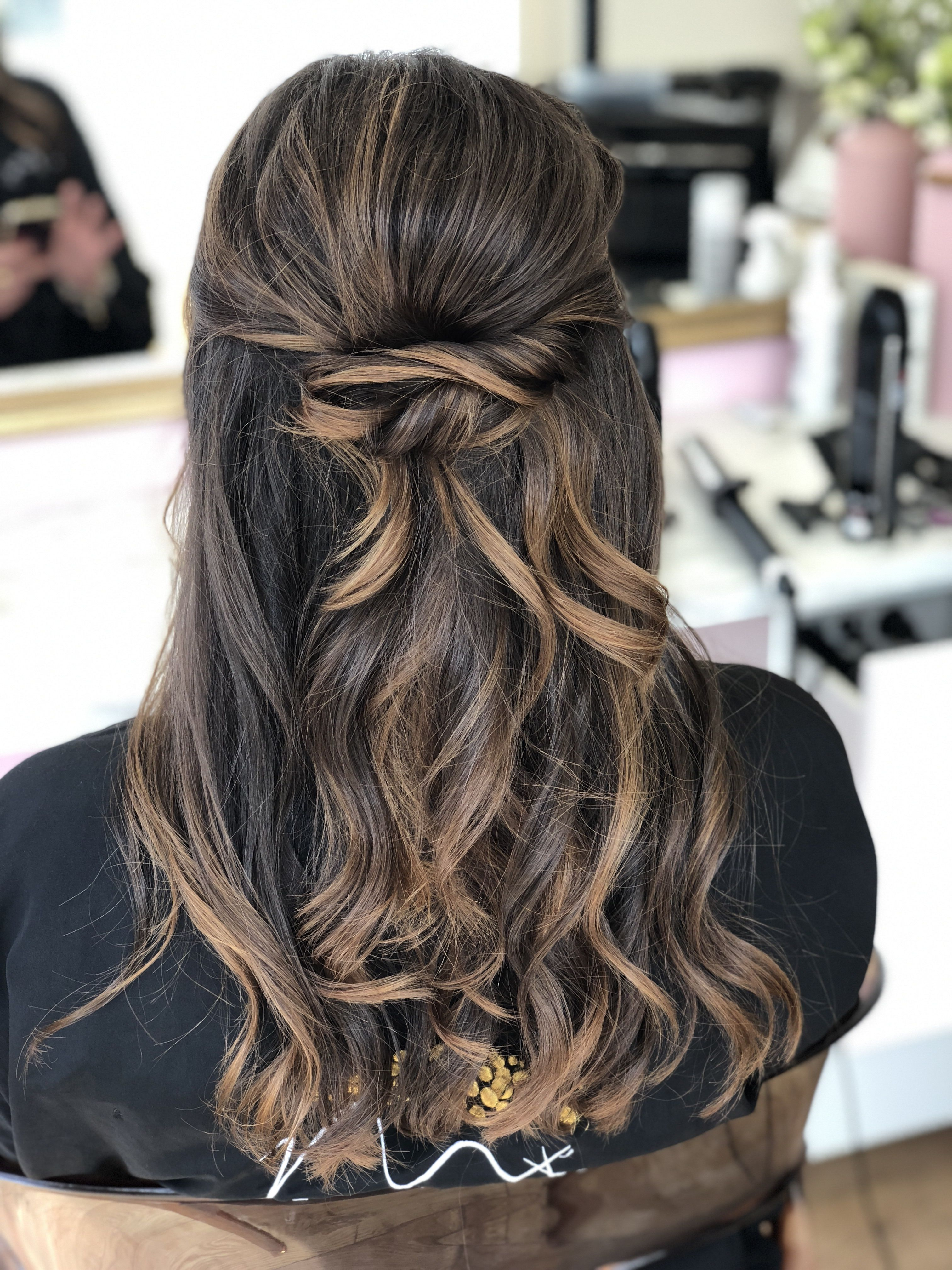Demi Attache Wavy Hair Ghd Bride Hairstyle Coiffure Mariage