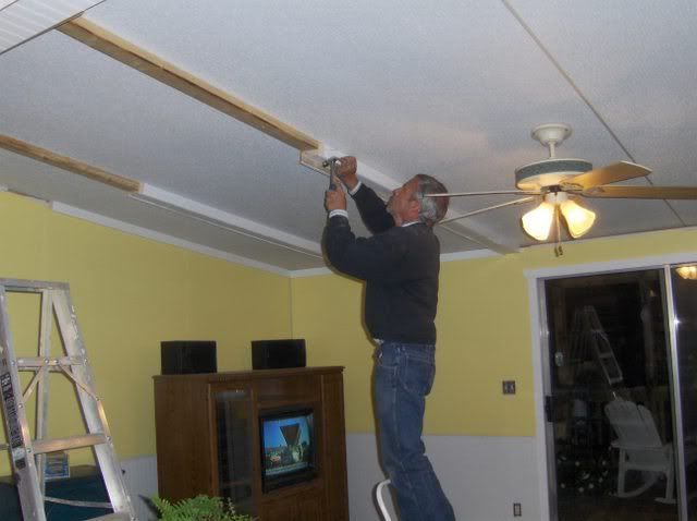 painting on vinyl walls - Manufactured Homes Forum ... on painting rv walls, before and after painting knotty pine walls, interior vinyl paneling for walls,