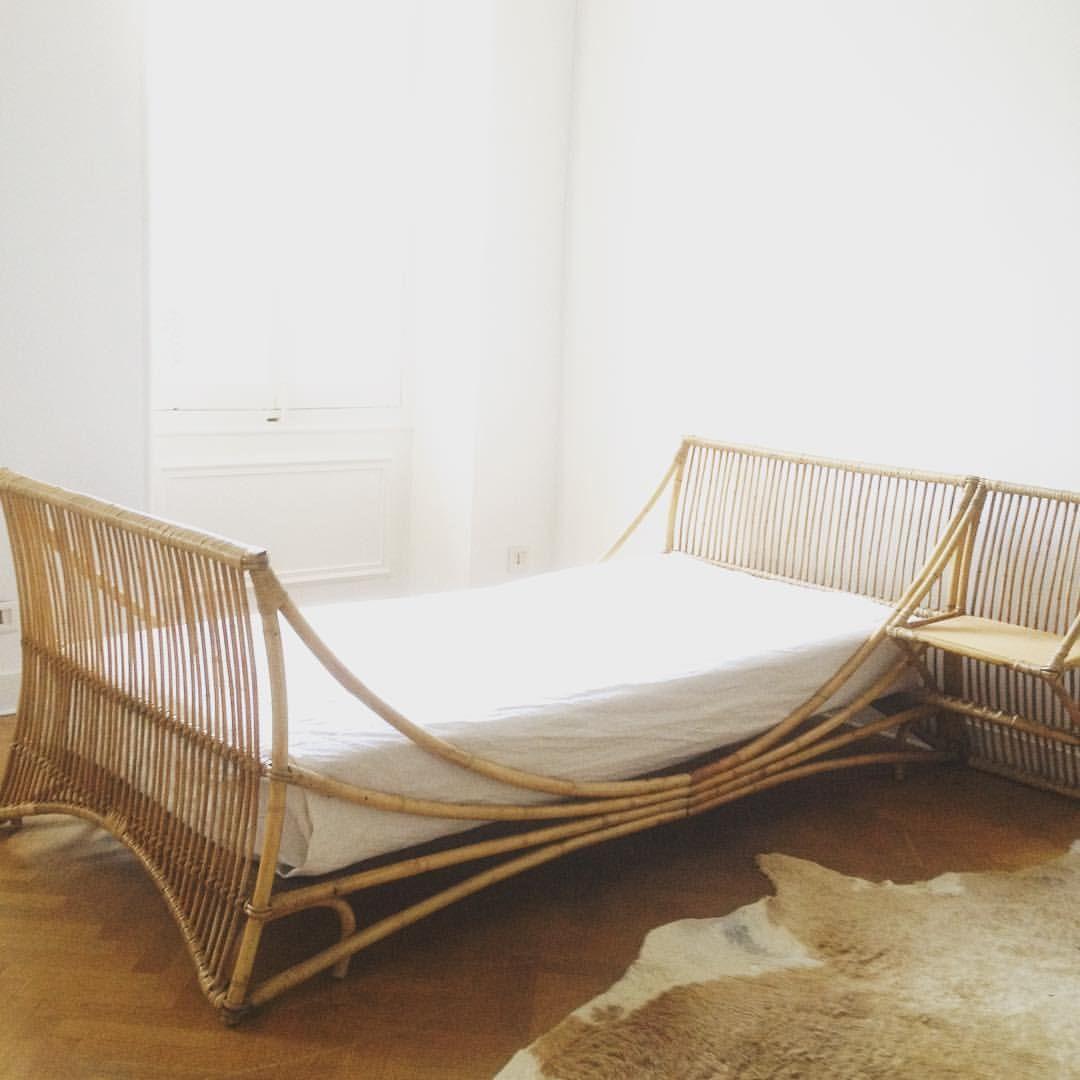 Lit rotin vintage #daybed #litvintage #chambre enfant #litdereve ...