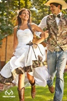 Camouflage Cheap Wedding Dresses for Autumn || For more detail about this picture, vist www.weddingyuki.com