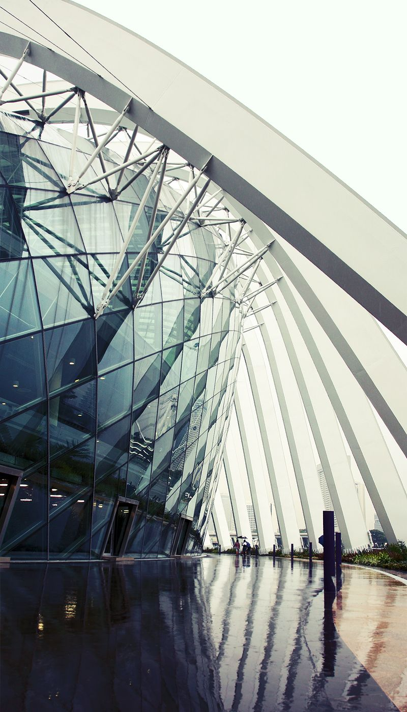 Waterfront Walk_Gardens of the Bay Amazing architecture