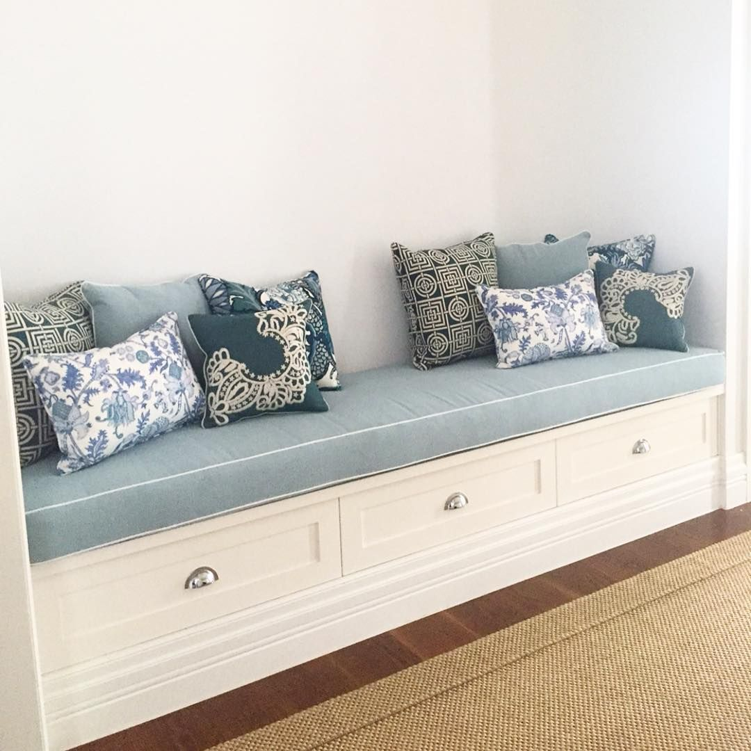 New updated entry way bench seat and a couple of new custom cushions mixed in with our client's beautiful original cushion collection. Looks fresh and welcoming. #kerenbrown #kerenbrowninteriors #interiordesign #interiordecorating #decorating #interiors #design Enquiries to keren@thebrowntradingco.com.au