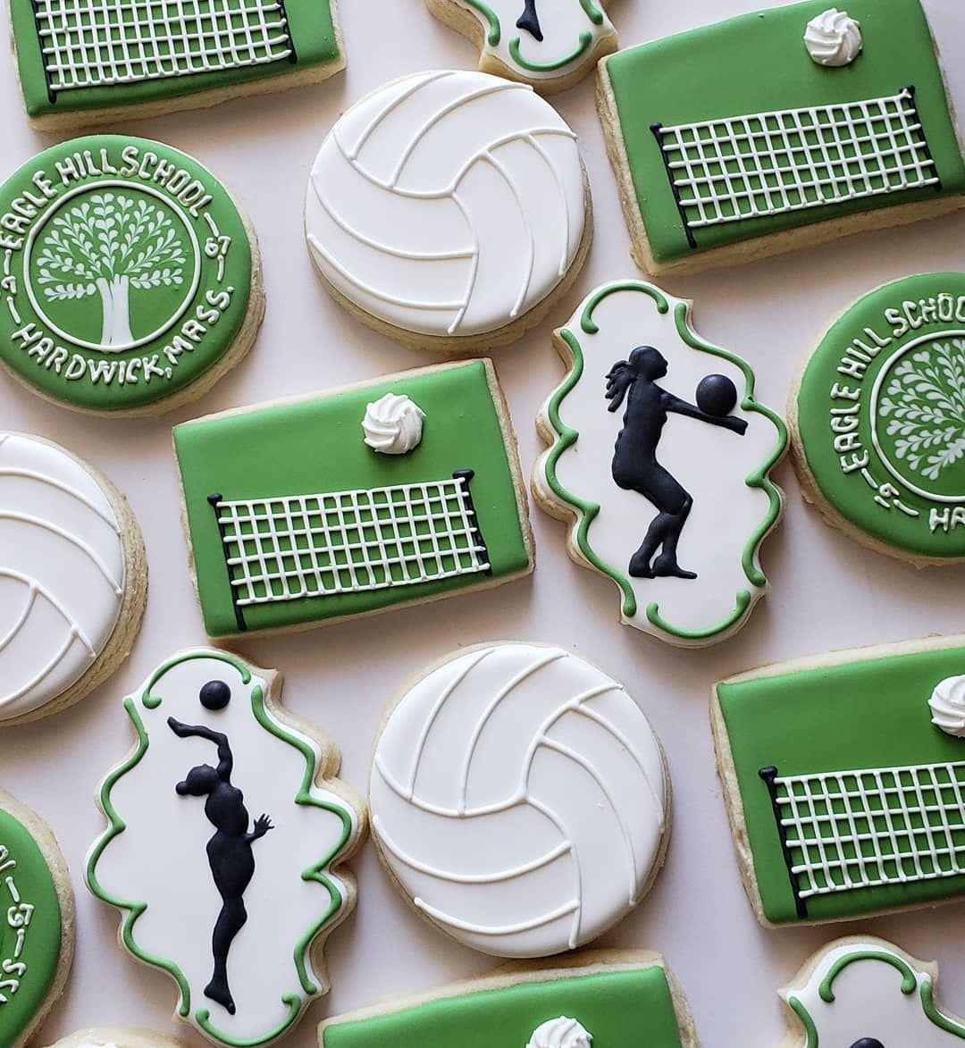 """@lisettecookiestudio shared a photo on Instagram: """"Sporty silhouettes. . . #cookies #cookiesofinstagram #instacookies #cookiegram #sugarcookies #decoratedsugarcookies #decoratedcookies…"""" • Oct 17, 2018 at 5:13pm UTC"""