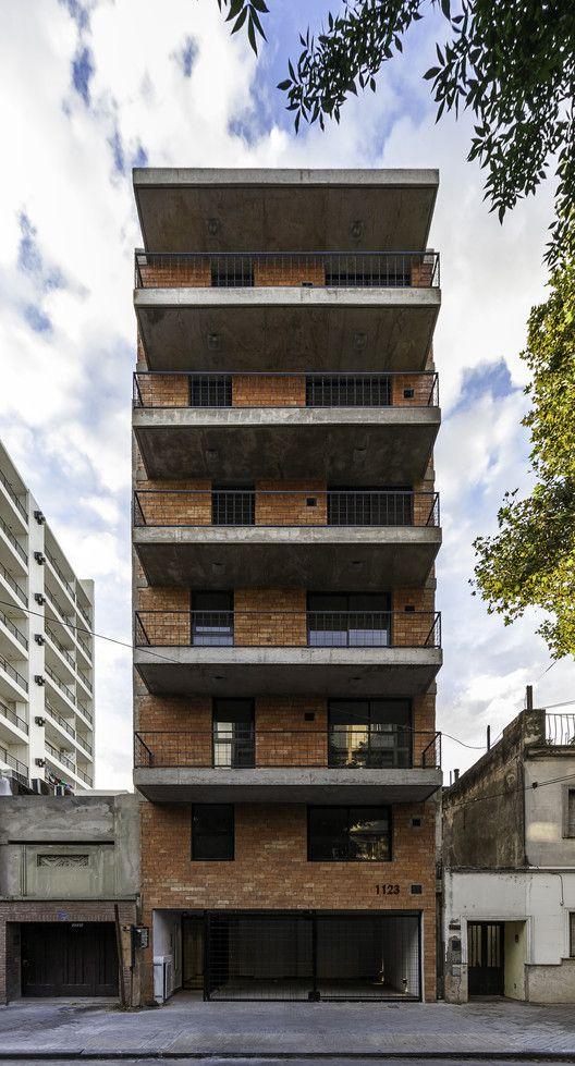 Edificio Rodriguez 1123,© Walter Salcedo