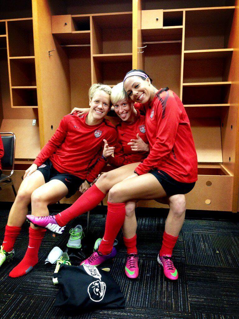 Before practice  Lori Lindsey, Megan Rapinoe, Sydney Leroux